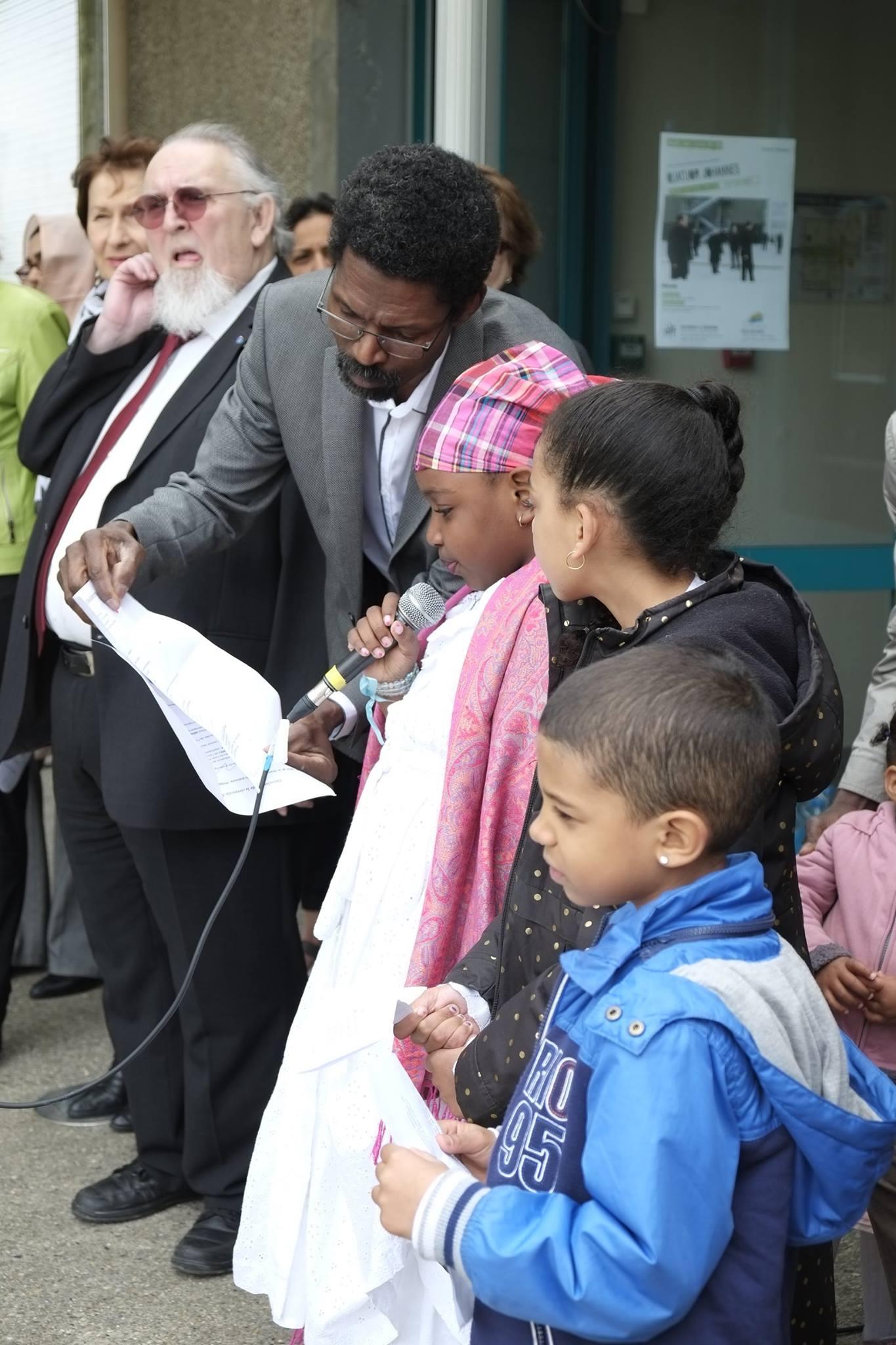 Commémoration de l' Abolition de l'Esclavage 2016 Seyssins enfants adhérents au CASOMI (3)